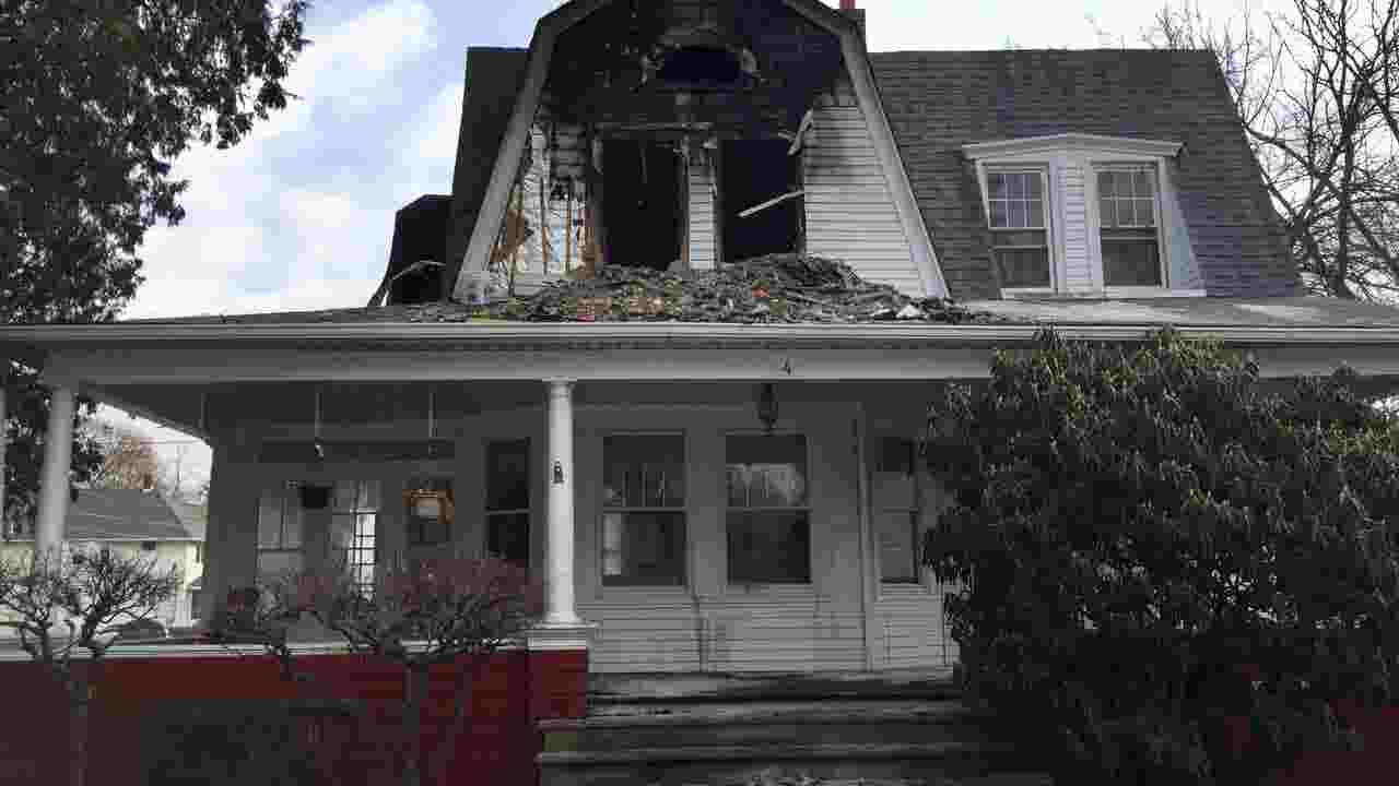 Unattended candle destroys Parsippany apartment