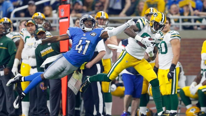 Asheville High graduate Crezdon Butler (41) re-signed with the Detroit Lions last week.