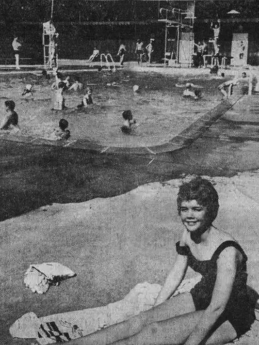 Paradise Island pool