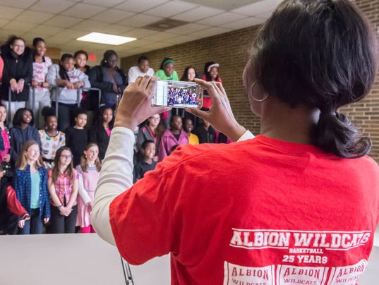 Albion Middle School Students Send-Off