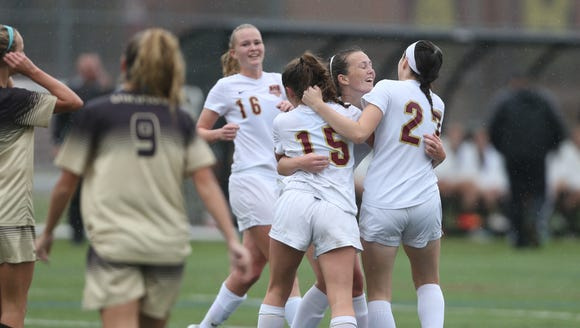 Arlington defeats Clarkstown South 5-1 to claim the