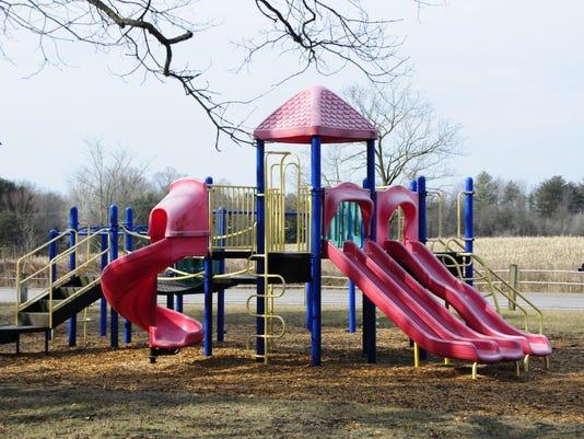 636591284794078246-playground1.jpg