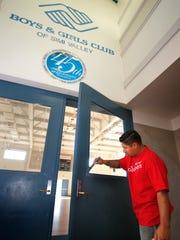 Wells Fargo's Simi Valley branch manager Rudy Alaniz