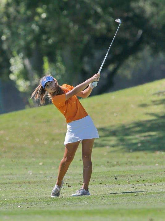Girls-Golf-Preview-Westlake01.JPG
