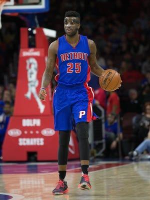 Detroit Pistons forward Reggie Bullock plays against the Philadelphia 76ers on March 12, 2016, at the Wells Fargo Center.