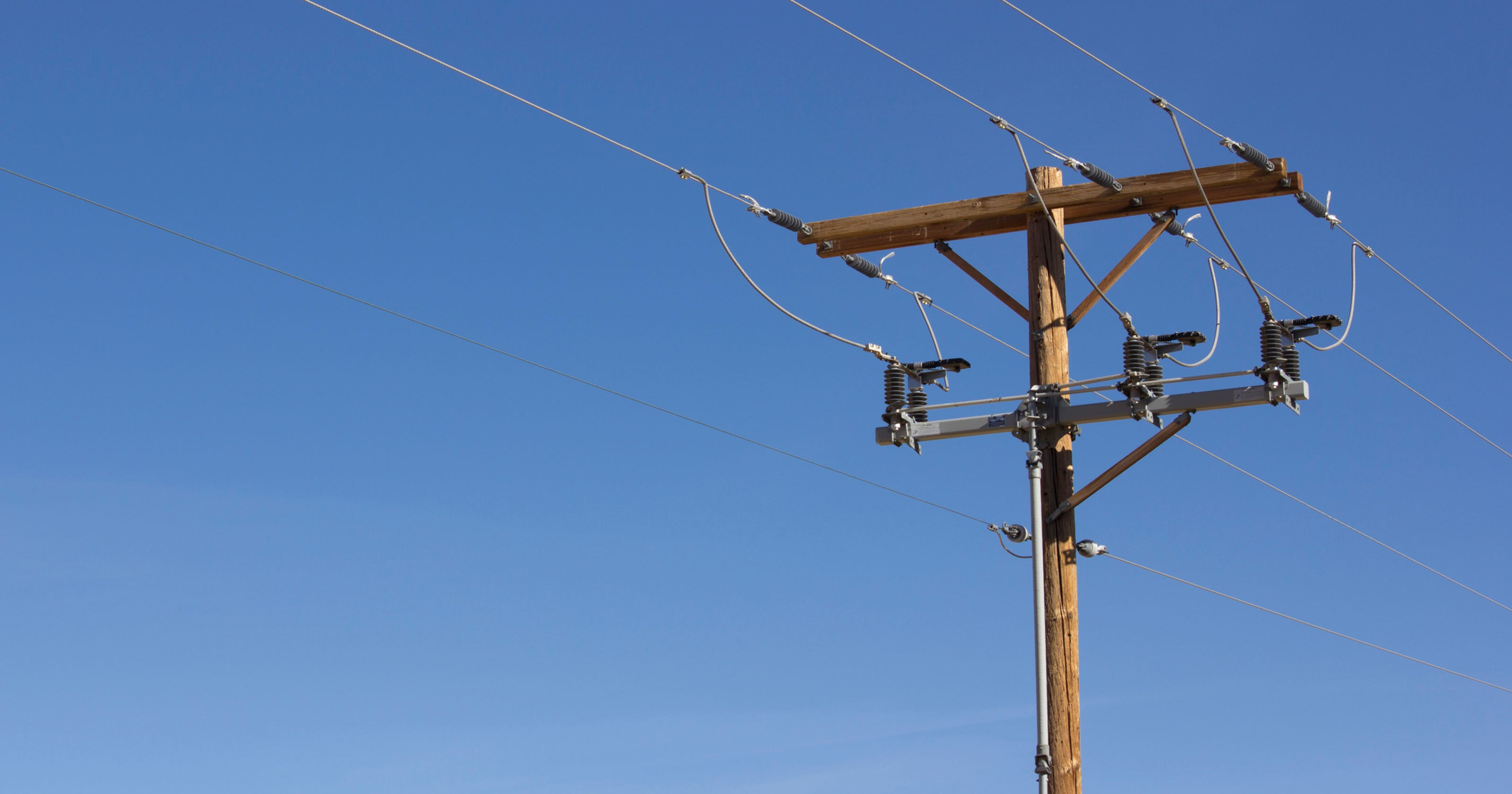 Cooperative Restores Electricity After Broad Outages In Collier Lee
