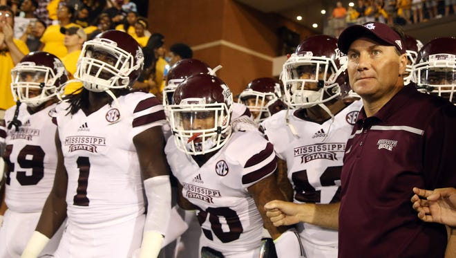 Mississippi State Bulldogs head coach Dan Mullen with his players before they enter M.M. Roberts Stadium to play the Southern Miss Golden Eagles. Mandatory Credit: Chuck Cook-USA TODAY Sports