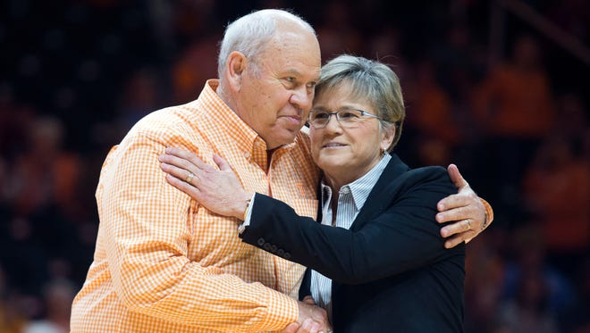 Tennessee athletic director Phillip Fulmer is greeted by Lady Vols head coach Holly Warlick before the start of the game against  South Carolina on Sunday, February 25, 2018.