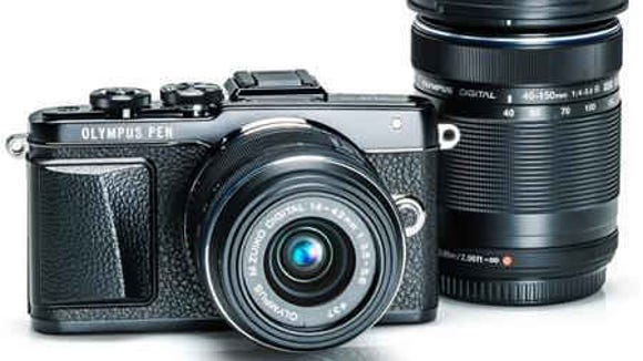 Olympus E-PL7 Bundle