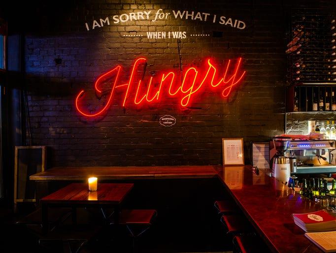 Restaurants and bars\' best neon lights