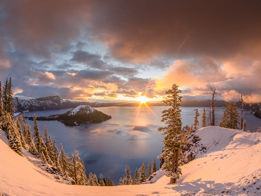la Note de Corsair - Page 4 636171568459409701-Crater-Lake-NP-Snow-Greg-Nyquist-STE