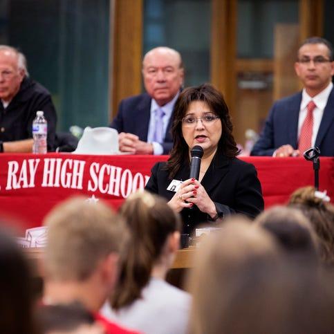 Ray HS principal Cissy Reynolds-Perez announces she may soon leave Corpus Christi ISD
