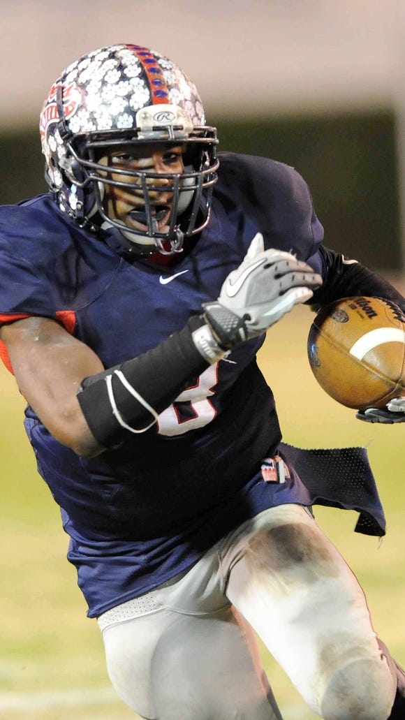 Running back Darrell Henderson runs for South Panola.