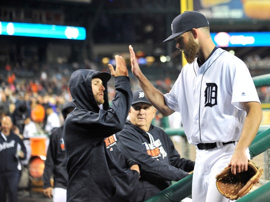 Tigers pitcher Shane Greene congratulates Kyle Ryan after Ryan pitched in the sixth inning. Ryan pitched 1 2/3 hitless innings with one strikeout.