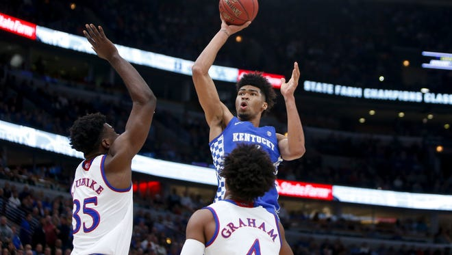 Kentucky's Nick Richards puts up a floater during the game against Kansas during the 2017 Champions Classic at the United Center in Chicago, IL on Tuesday, November 14, 2017.