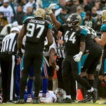 Tyrod Taylor suffers concussion on final drive in loss to Jaguars