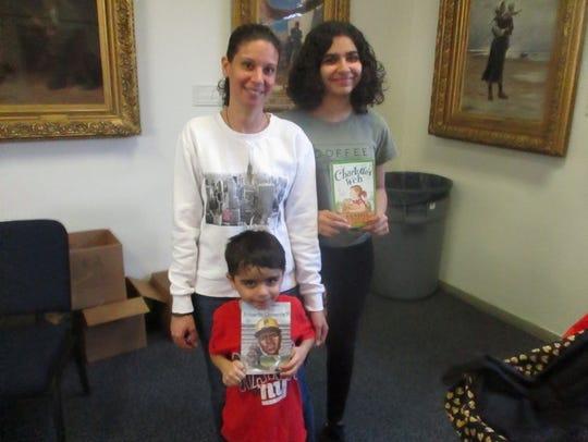 Tonya Santana with her daughter, 14-year old Arianna