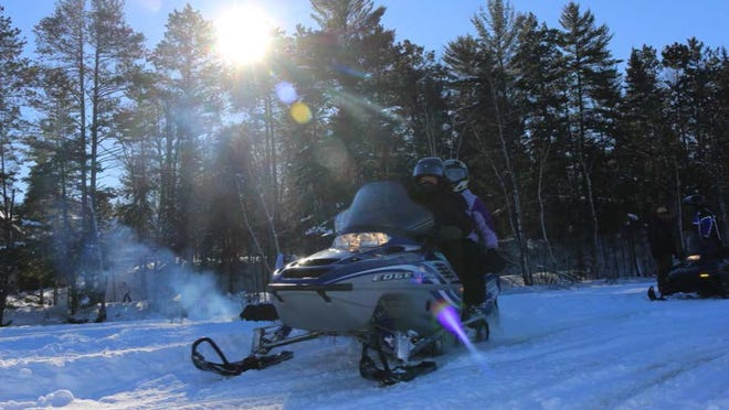Stay updated on snow trail conditions with the Travel Wisconsin Snow Report at www.travelwisconsin.com/snowreport. The site also allows you to search nearby events, activities, dining and lodging.