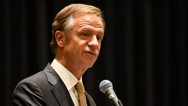 Gov. Bill Haslam speaks to the Tennessee Engineers' Conference at Music City Center on Thursday, Sept. 28, 2017, in Nashville.