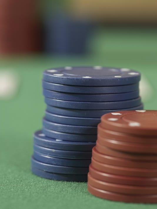 -bgm_poker_chips.jpg_20051003.jpg