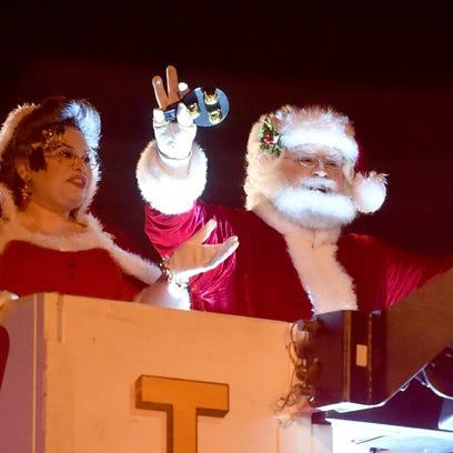 Staunton Christmas Parade – A Blue Ridge Christmas on Beverley