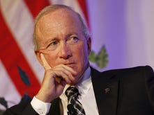 Purdue extends Mitch Daniels' contract 'into foreseeable future,' year-by-year beyond 2020
