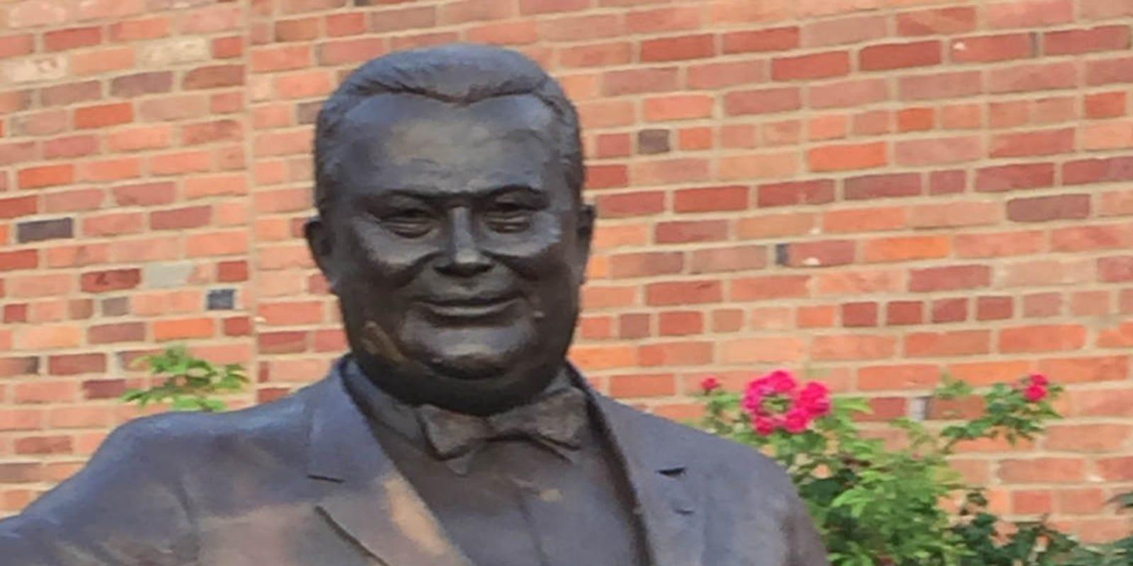 Statue of former Dearborn Mayor Orville Hubbard taken down