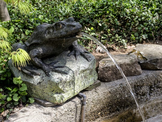 The Coi Pond, designed by David Gorden of Mark M. Holeman Inc., features a Vonnegut frog. The  2017 St. MargaretÕs Hospital GuildÕs DecoratorsÕ Show House and Gardens, features a 1922 arts and crafts inspired residence which was the childhood home of Indiana author Kurt Vonnegut Jr., and later well known architect Evans Woollen.