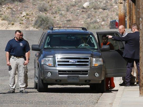 mexico police escorts farmington