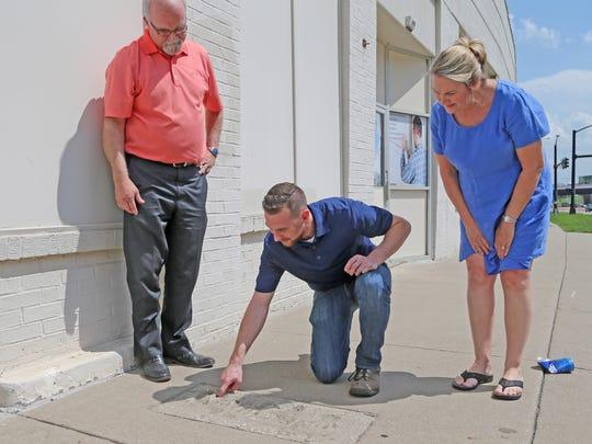 The Kurtz family, Bob, his wife, Ann, and their son,