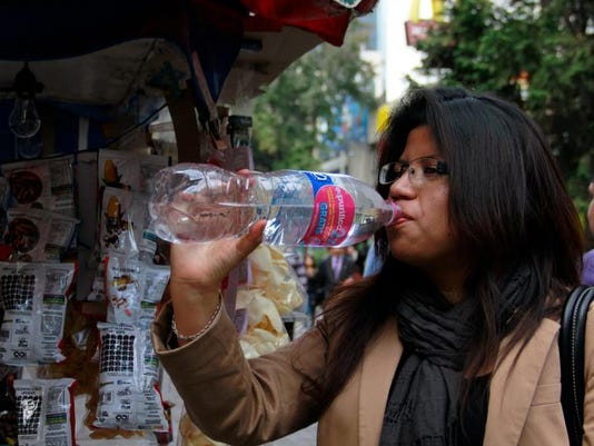 mexicodrinkthewateruff.jpg