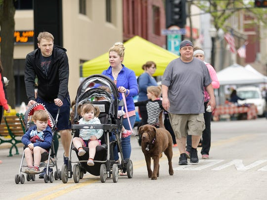 Fond du Lac Downtown Farmers Market on Saturday May
