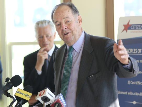 Former Gov. Thomas  H. Kean said congressional investigations