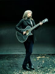 Increasingly unhappy with how her voice sounded, Kathy Mattea took several months off from performing last year and learned to sing a different way.