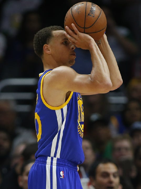 Stephen Curry says his shooting woes have nothing to do with fall
