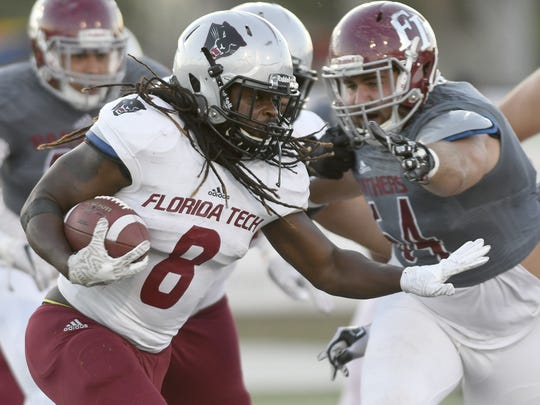 The offense and defense square off in the 2018 Florida Tech spring football game.