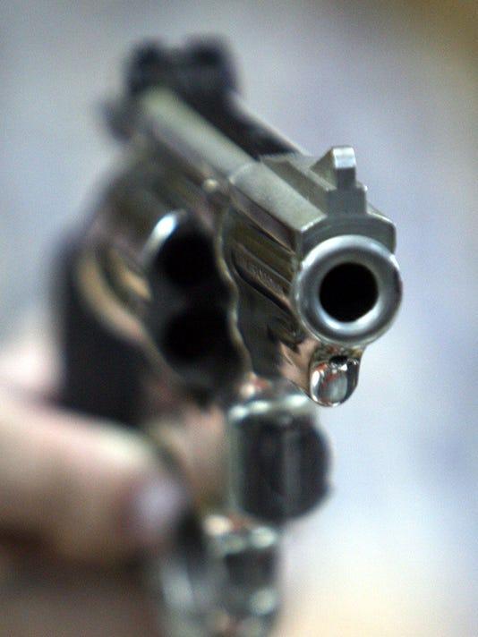 gun, handgun.jpg