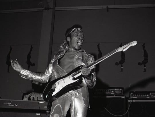 Ernie Isley, circa 1972.