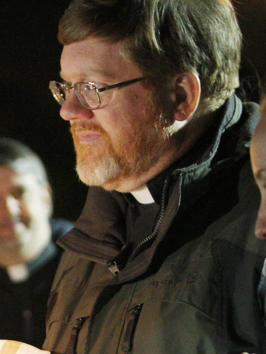 Pastor Bruce Gillette
