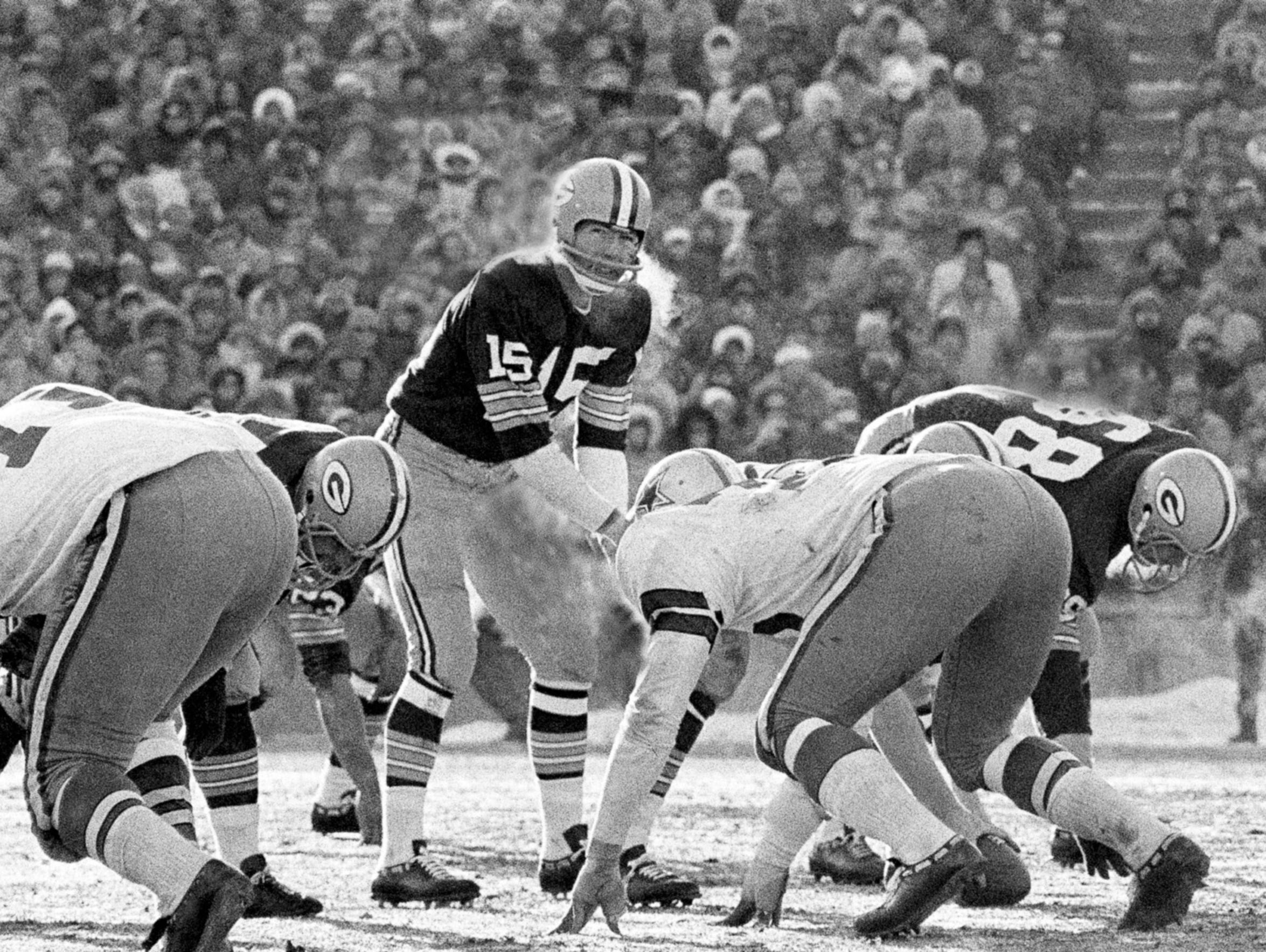Green Bay Packers quarterback Bart Starr completed 14 of 21 passes for 191 yards and two touchdowns in the 1967 NFL Championship Game against the Dallas Cowboys at Lambeau Field, in the Ice Bowl. But, of course, he'll be remembered most for his 1-yard plunge to win the game.