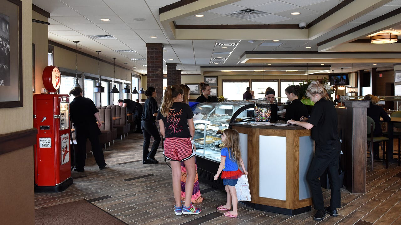 Tour the new Marlin's Family Restaurant in downtown Sioux Falls.