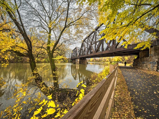 Fall foliage over the Erie Canal.
