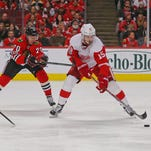Detroit Red Wings' Riley Sheahan a healthy scratch at Dallas