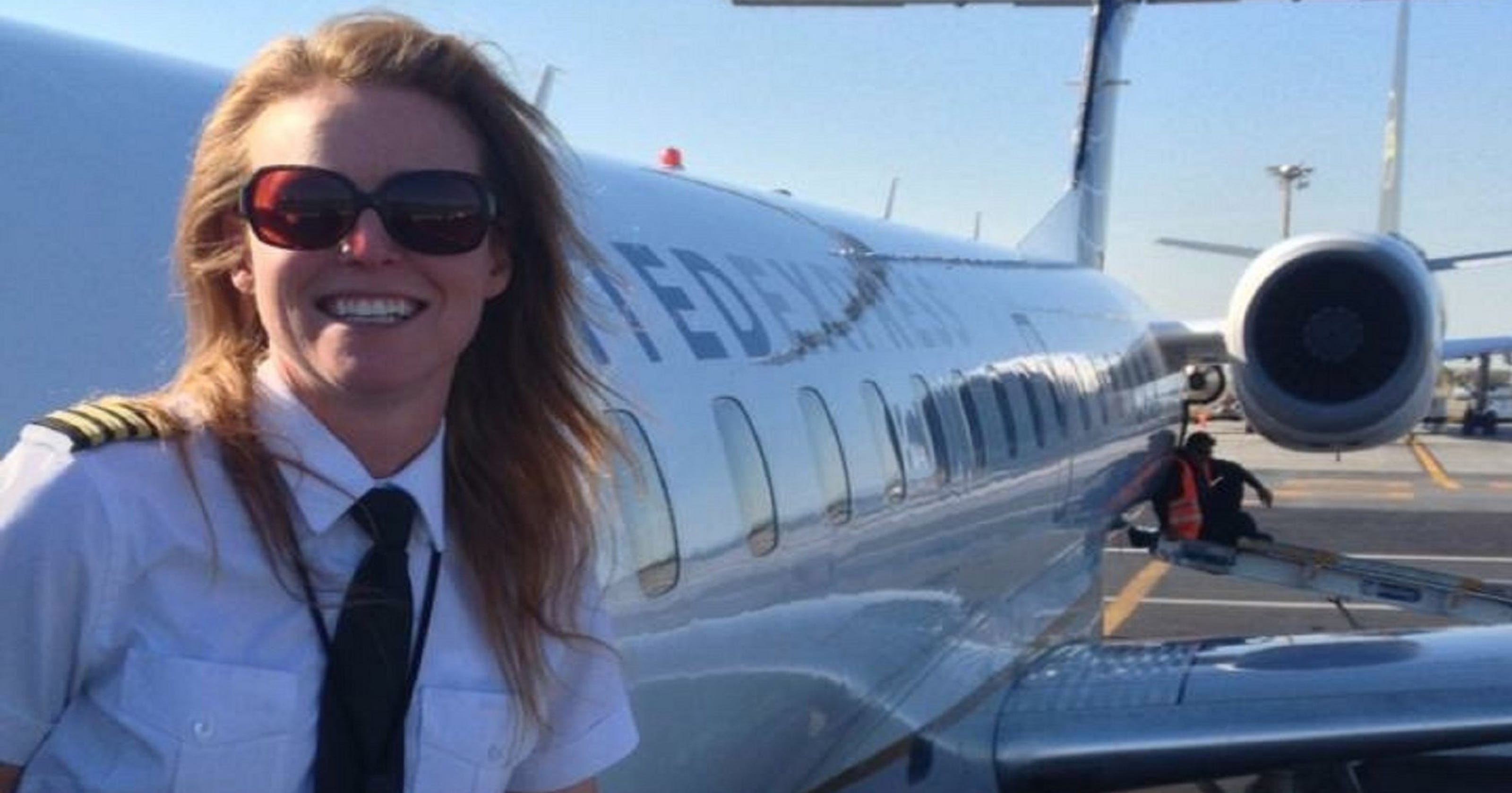Lonely at the top: Female airline pilots wish more women