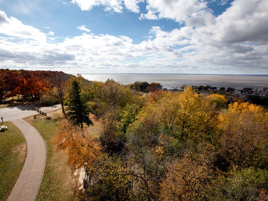 -APC STATE PARKS High Cliff Overview.JPG_20130530.jpg