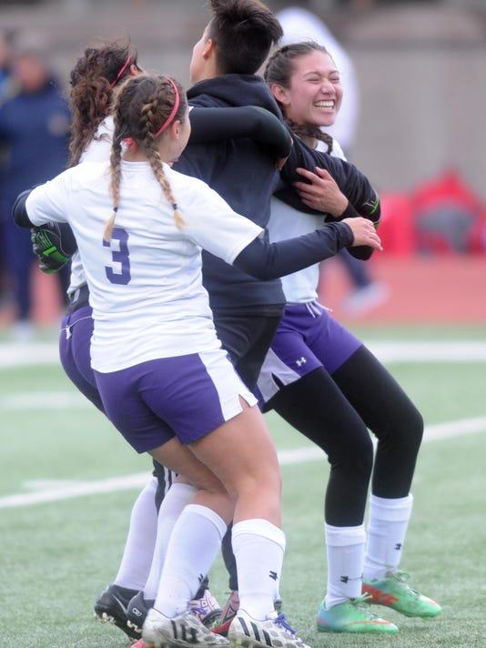 Franklin girls soccer celebrates