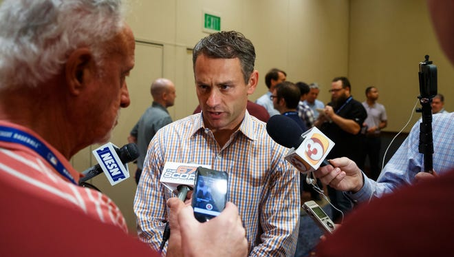 Chicago Cubs general manager Jed Hoyer speaks to reporters at the General Managers Meetings in Scottsdale, Ariz., on Tuesday.