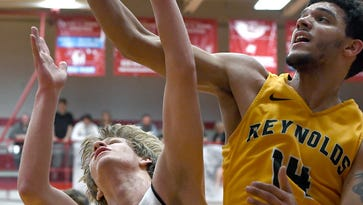 Reynolds' Dover signing with college program Friday