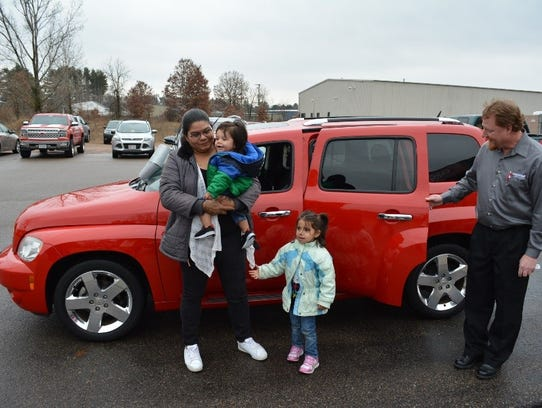Natali Aleman and her family receive a reconditioned