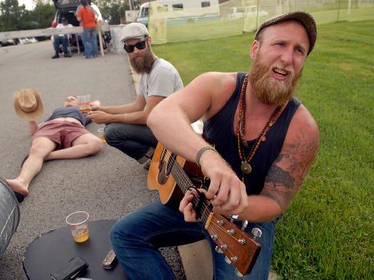 0831_bluegrass&bourbon_01_mh.jpg